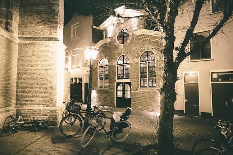 The Bishop Leiden