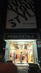 free N style Padang