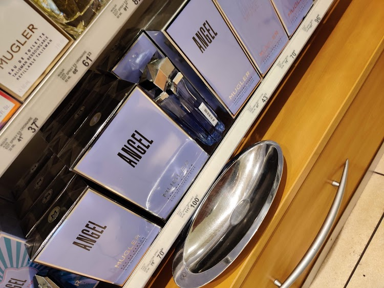 Parfumerie Douglas Almelo