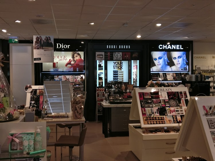 Parfumerie Douglas Roosendaal
