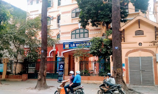 Le Ngoc Han Secondary School