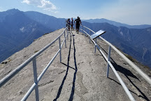Moro Rock Trail, Sequoia and Kings Canyon National Park, United States
