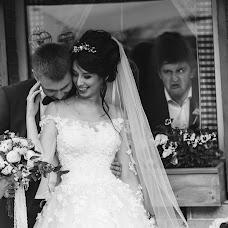 Wedding photographer Dmitro Lisyuk (dimontito). Photo of 04.08.2017