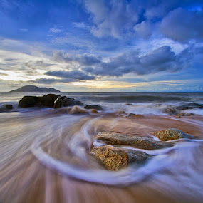 Spin Waves by Yohanes Irawan - Landscapes Waterscapes ( waterscape, indonesia, beachscape, landscape, singkawang )