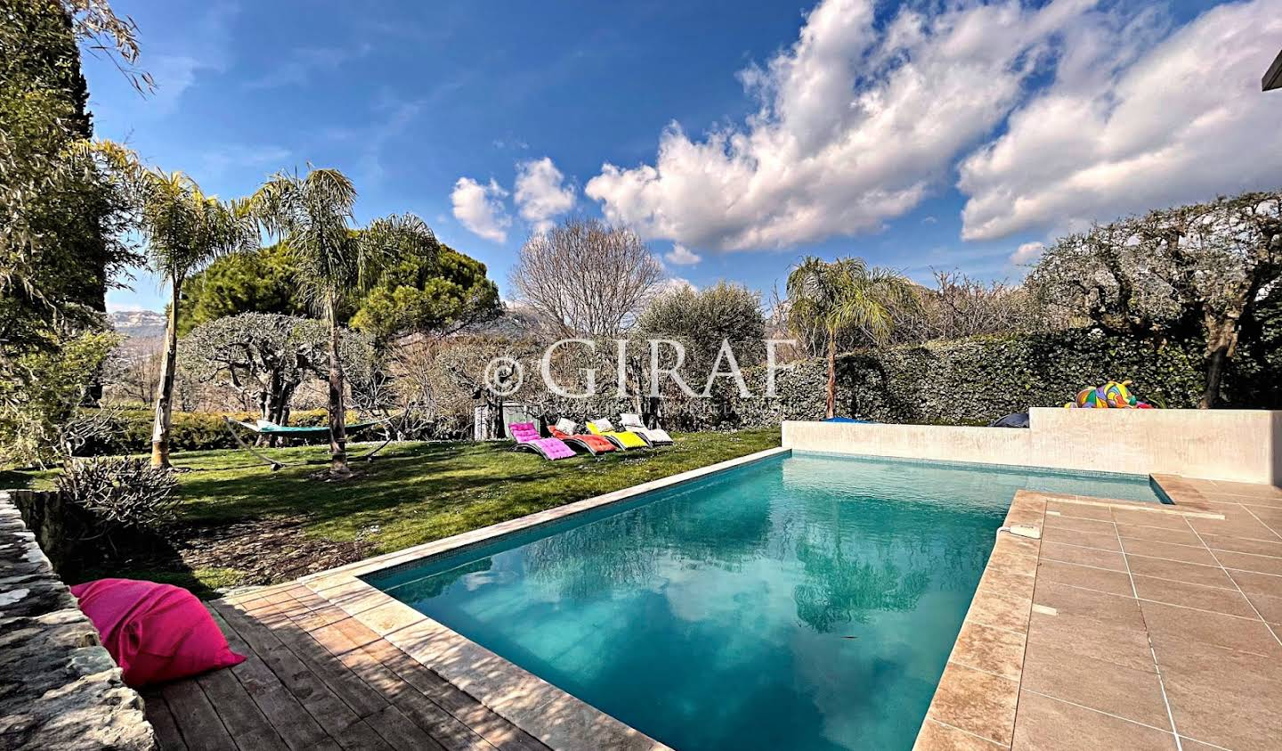 Villa with pool and terrace La Gaude