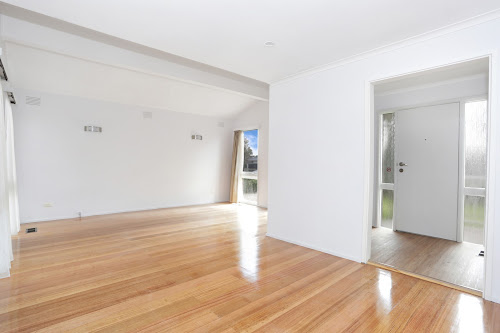 Photo of property at 86 Redleap Avenue, Mill Park 3082