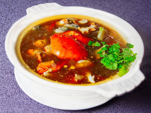 紅蟳海鮮混合鍋