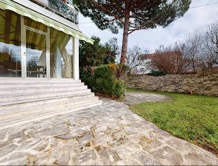 Maison a vendre nanterre - 9 pièce(s) - 300 m2 - Surfyn