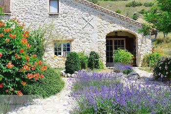 maison à Aspremont (05)