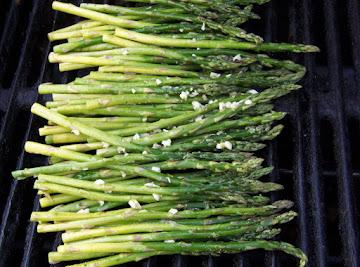 Grilled Asparagus W/ Lemon And Garlic Recipe