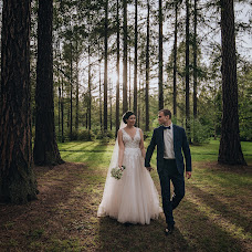 Wedding photographer Valeriya Yarchuk (valeriyarsmile). Photo of 20.08.2018
