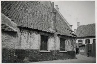Photo: 1938 Dreef 2 oud schoolhuis,  anno 1646 volgens een zwart steentje in de noordelijke zijgevel...