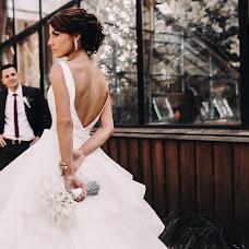 Wedding photographer Viktoriya Artemova (vikki1803). Photo of 31.08.2018
