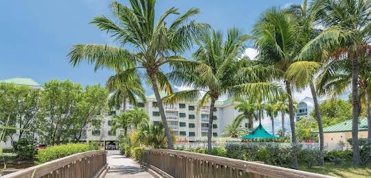 Sunrise Suites Resort