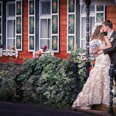 Wedding photographer Ekaterina Lanina-Kostornova (RiderStudio). Photo of 08.03.2014