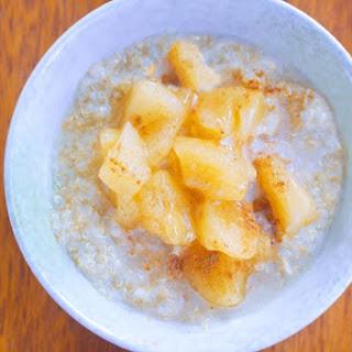Apple Pie Quinoa Breakfast Bowls