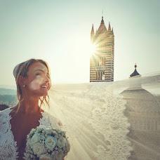 Wedding photographer Matteo Castelli (matteocastelli). Photo of 14.11.2015