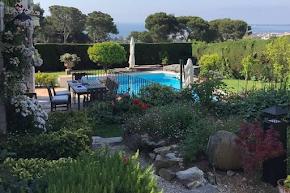 Sensational Luxury Villa Near Antibes in antibes