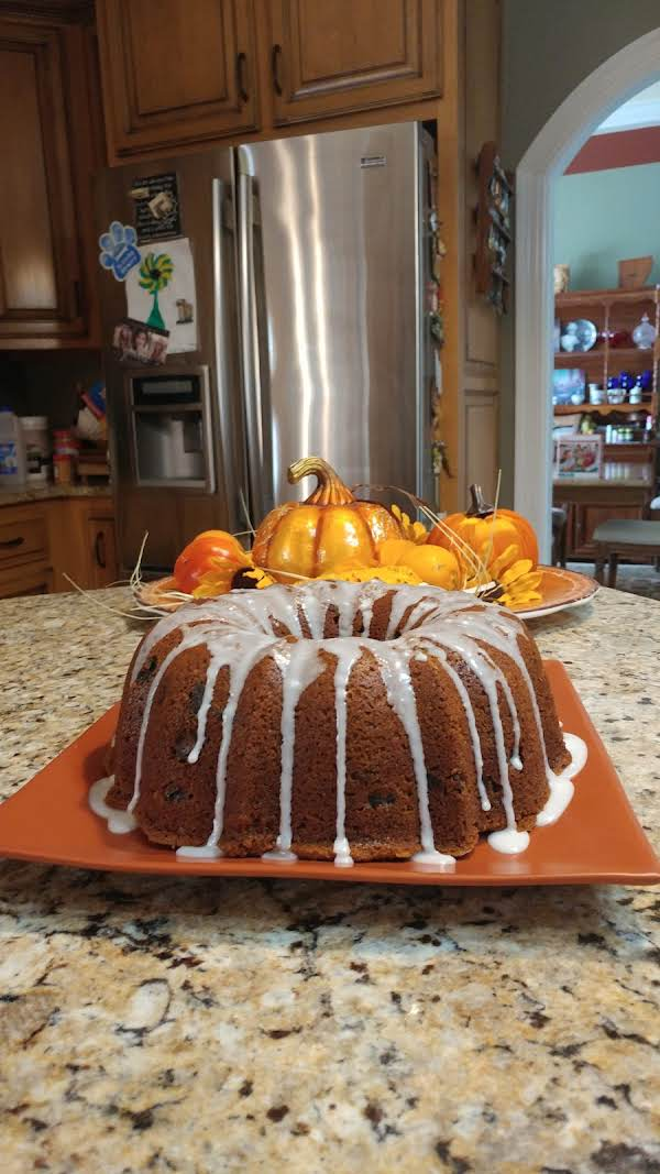 This Cake Is So Good--i Used Hickory Nuts & The Batter Is More That You Need For A Bundt Cake, Fill To 1 1/2 Left At The Top & You Will Have Enough Batter For 6 Cupcakes....love This & I Will Use It Lots More...dian Brown Williams