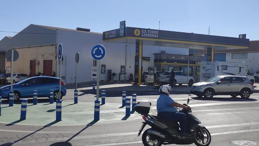 Nueva rotonda en la E.S. Torre Cárdenas.
