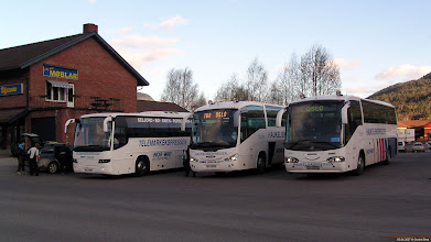 Photo: #241/239: KH 17540, SU 19279 og SU 10542 hos Telemark Bilruter i Seljord, 05.04.2007.