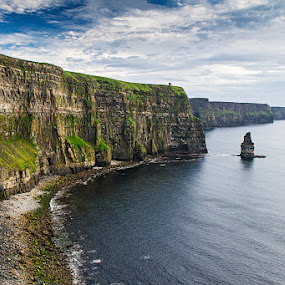 Cliff oh moher by Federica Violin - Landscapes Beaches