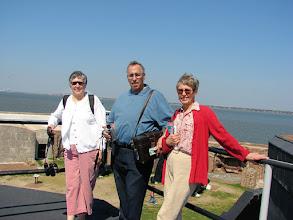 Photo: Jane, Gordon, Elinor at Fort Sumter