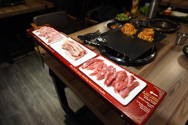 中友百貨必吃的韓風烤肉- 八色烤肉PALSAIK /超滿足雙人豬牛套餐/ 台中韓式烤肉推薦