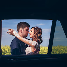 Wedding photographer Olesya Sapicheva (Sapicheva). Photo of 18.07.2017