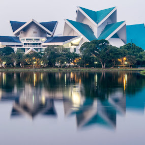 Art Complex by Loh Jiann - Buildings & Architecture Other Exteriors ( reflection, titiwangsa, art, lake, kl )