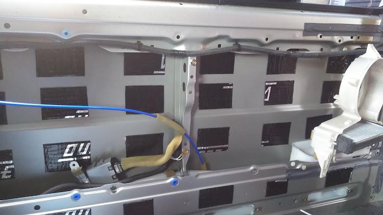 ハイエース TRH112Vのデッドニング,100系ハイエースに関するカスタム&メンテナンスの投稿画像1枚目