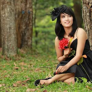 Dewi1Pix.jpg