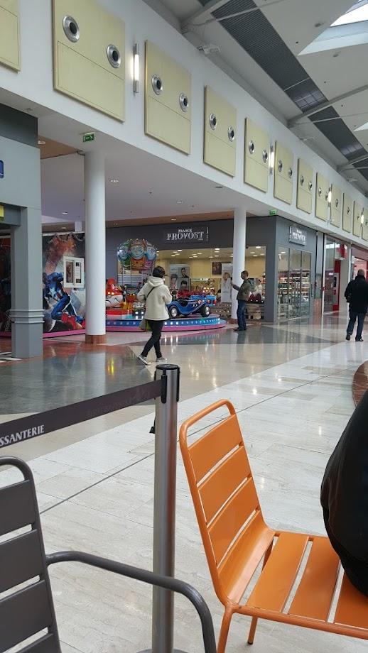 Foto Centre Commercial Côté Seine 10