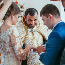 Wedding photographer Roman Sidorov (RomkaSidorow). Photo of 10.02.2017