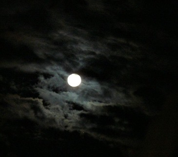 moon_clouds (Medium)