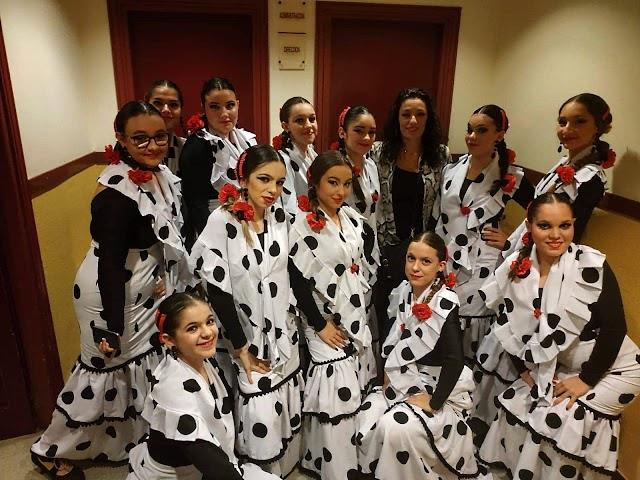 El tercer premio fue para el grupo flamenco 'Promesas'.