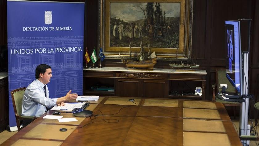 Javier A. García, durante las reuniones telemáticas mantenidas con motivo del Plan Almería.