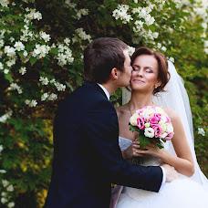 Wedding photographer Evgeniya Semenova (SemenovaJenny). Photo of 23.07.2014