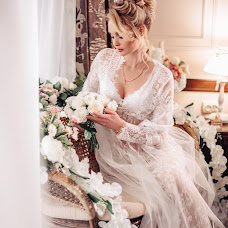 Wedding photographer Anastasiya Volnikova (volnikova). Photo of 15.01.2018