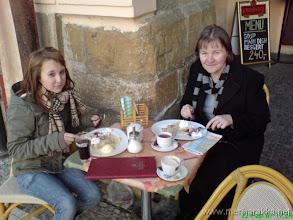 Photo: Pannareita ulkoilmaravintolassa