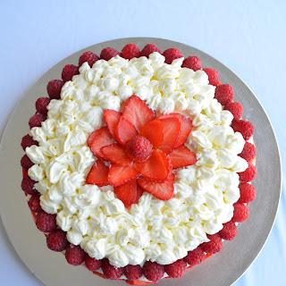 Tort z truskawkami i malinami / Summer berries cake