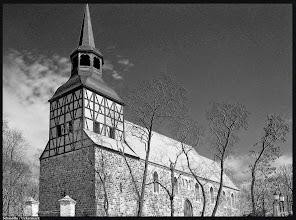 Photo: Die Dorfkirche in Schmölln / Uckermark ist ein Granitquaderbau aus der 2. Hälfte des 13. Jahrhunderts