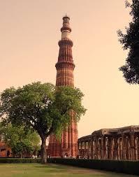 Qutb Minar Top 10 historical places in delhi