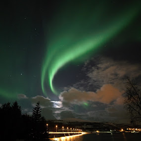 Aurora over the bridge by Geir Hammer - Landscapes Starscapes ( pwcstars )