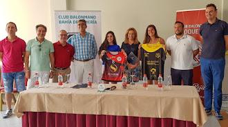 Foto de familia entre CB Roquetas y Bahía de Almería.
