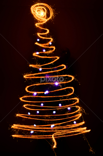 christmas tree with lights by aldus smith abstract light painting light painting tree