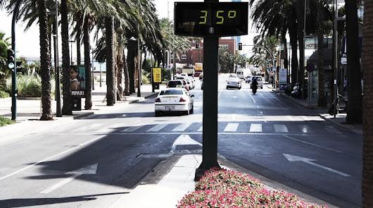 Imagen de archivo de un termómetro de la capital.