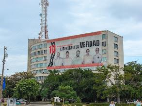 Photo: Свободу кубинским шпионам.