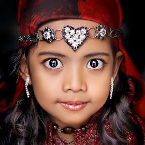 Alya by Dian Susanti - Babies & Children Child Portraits
