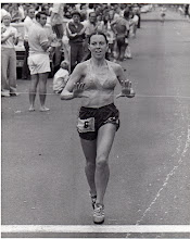 Photo: Honolulu Marathon 1975